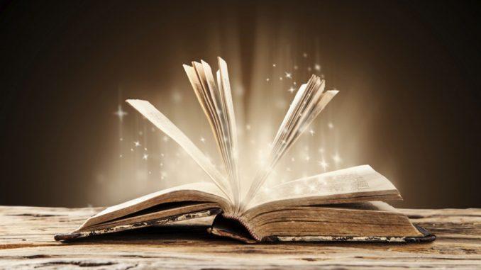 Laura Et Le Livre Magique